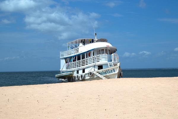 barco privativo da expedição amazônia rio tapajós